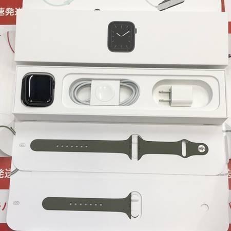 限定特価 Apple Watch Series 5 44mm MWT52J/A 美品-正面
