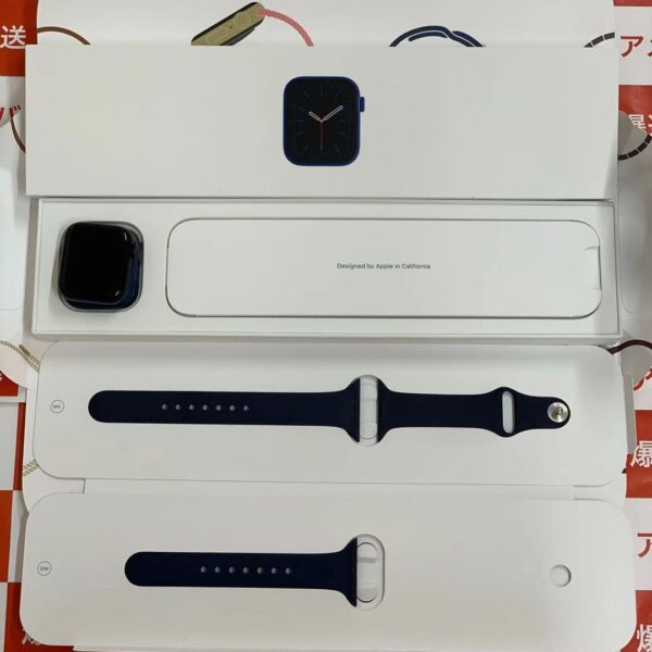 Apple Watch Series 6 GPS + Cellularモデル M06Q3J/A 40mm A2375-正面
