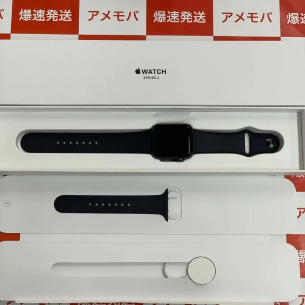 Apple Watch Series 3 GPSモデル 42mm MTF32J/A A1859-正面
