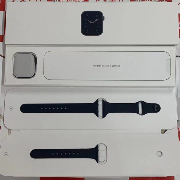 Apple Watch Series 6 GPSモデル 40MM MG133J/A A2291-正面