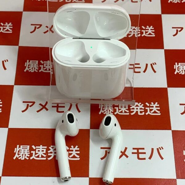 Apple AirPods 第1世代 MMEF2J/A -正面